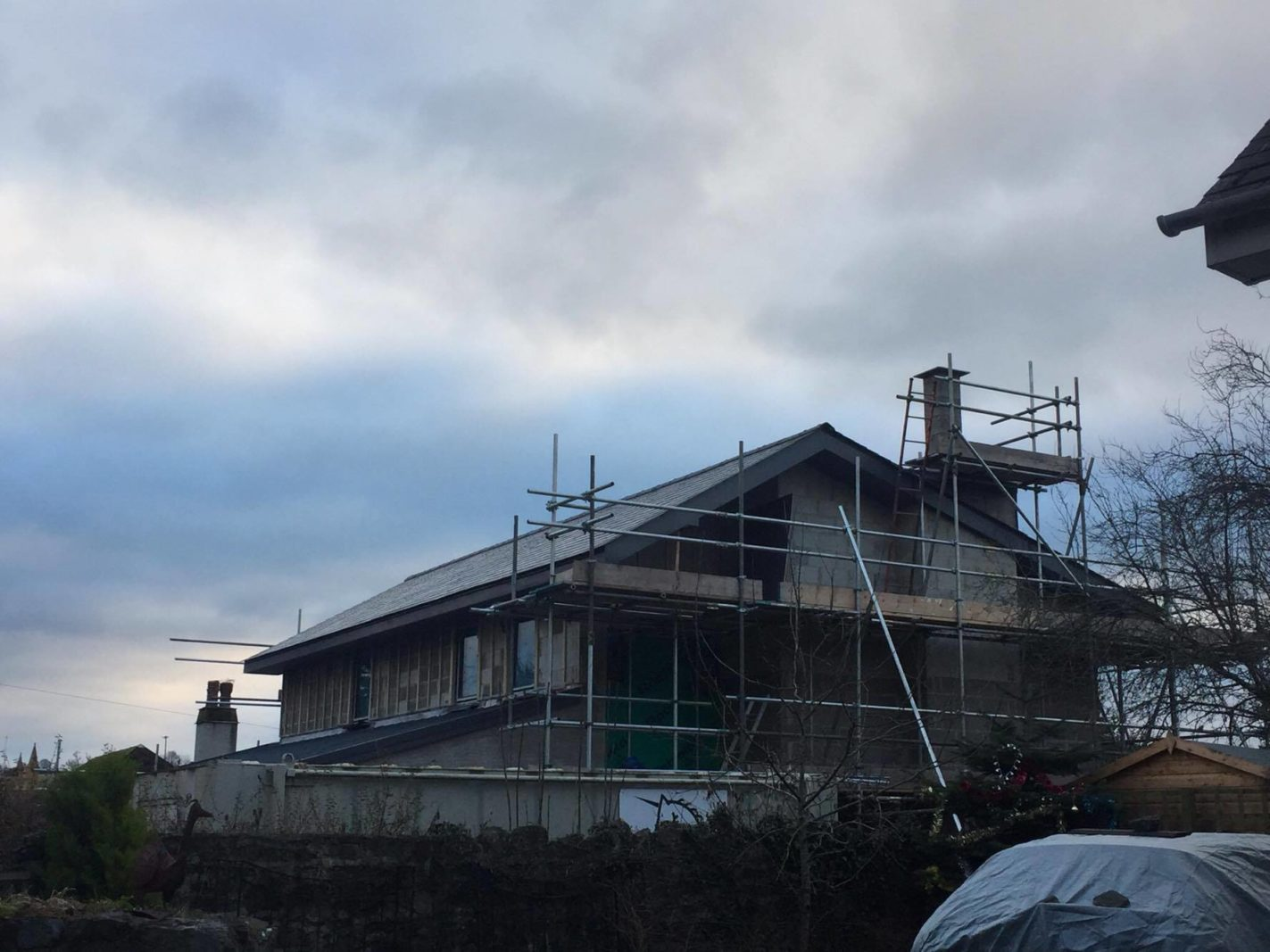 Construction of Orchard Lea continues well on site – Rud Sawers Architects, Devon